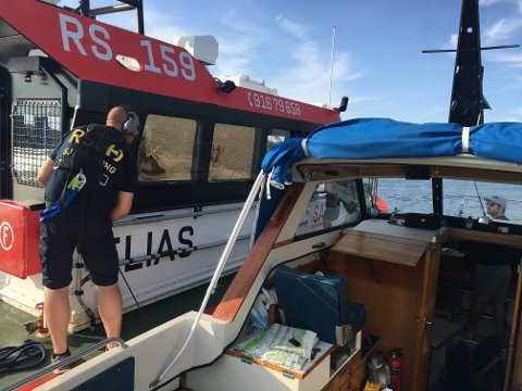 ASSISTANSE: Mange var ute på sin første båttur i helgen, men redningsselskapet kan fortelle om flere småoppdrag, men ingen dramatiske hendelser på fjorden.