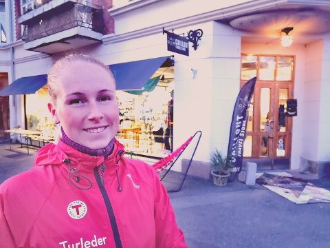 GRØNN FREDAG: DNT ung Vansjø, deriblant, Connie Elisabeth Rossing,  står bak Grønn Fredag i samarbeid med Chillout Travel Store.