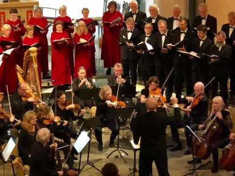 Det var fullsatt under søndagens konsert i Moss kirke.
