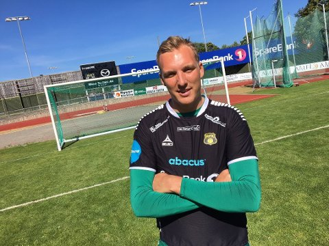 STRAFFEEKSPERT: Tidligere MFK-målvakt Christian Kroglund Sukke (26).