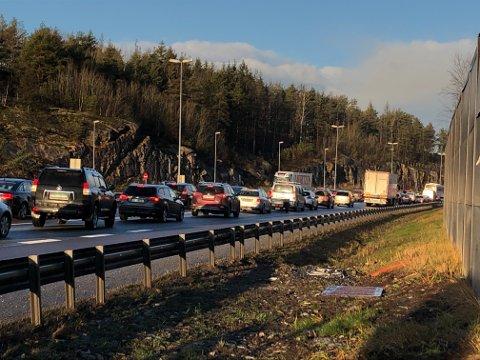 Trafikkuhellet På E6 nord for Mosseporten skapte lange køer