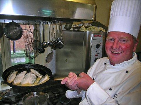 MAT: Are Sekkelsten (60) fra Moss er kokk og opptatt av at også beboere i institusjon skal få kvalitetsmat.