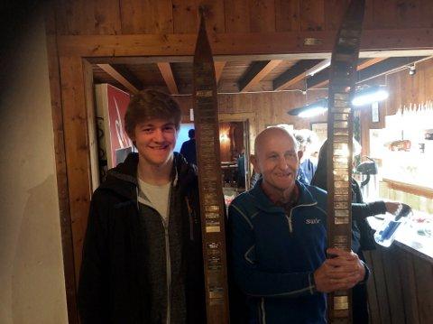Aksel Aimar Gundersen og Hans Eivind Ludvigsen vant Moss Skiklubbs høyest ansette pris.