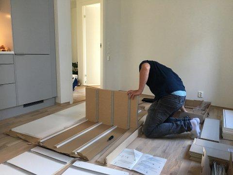 Timer du arbeider på din egen bolig kan redusere skatten, som for eksempel å sette opp nytt kjøkken.