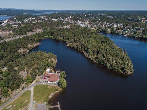 JORDSMAK: Moss kommune har fått flere henvendelser fra innbyggere denne uken om det som blir beskrevet jordsmak på drikkevannet.