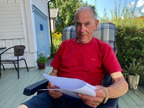 BITT: Frank Johnsrud ble angrepet av en hund da han var ute på én av sine mange gåturer.