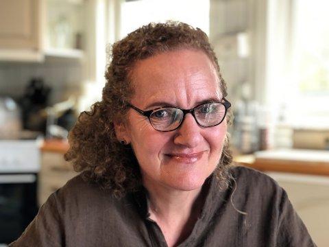 OSS I NYE MOSS: To kommuner er blitt til én. I denne portrettserien blir du kjent med noen av de fine folka som bor i den nye storkommunen. Dette er historien til reiseglade, MS-syke og optimistiske Marianne Johnsen Gedsted som gleder seg over hverdagene hjemme på Larkollen.