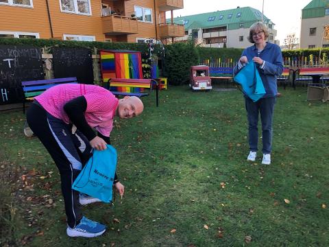 SØPPELDUGNAD: Kenneth Busch og Torill Sørenssen ved Moss Frivilligsentral tar initiativ til en søppelplukkeaksjon i Moss, med start i Larkollen 21. november.