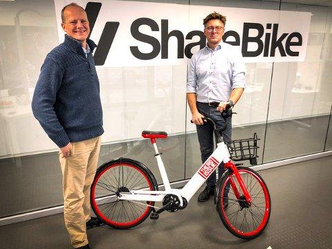SOSIALE SYKLER: Tidligere samferdselsminister, Ketil Solvik-Olsen, er en ivrig syklist og sitter i styret til ShareBike. Her sammen med administrerende direktør Jan Tore Endresen.