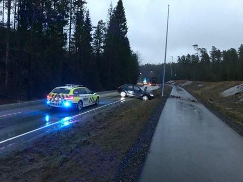 UHELL: Nødetatene rykket ut til et trafikkuhell i Våler lørdag morgen.