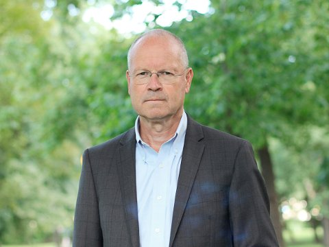 ERSTATNING: Rolf Gunnar Jørstad, direktør i Norsk pasientskadeerstatning forteller at pårørende kan søke om erstatning.