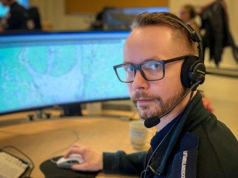 STOR BETYDNING: Luftambulansekoordinator på AMK Oslo Jørgen Skogmo ser daglig verdien av 113-appen.