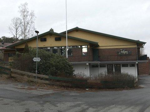 KORONATESTING: På gamle Solli skole på Øreåsen vil det nå foregå testing av personer som mistenker at de kan ha koronaviruset.