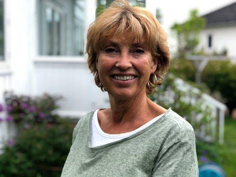 OSS I NYE MOSS: To kommuner er blitt til én. I denne portrettserien blir du kjent med noen av de fine folka som bor i den nye storkommunen. Dette er historien til tidligere flyvertinne og hageentusiast Eva Bache-Mathiesen som bor på Grimsrød.