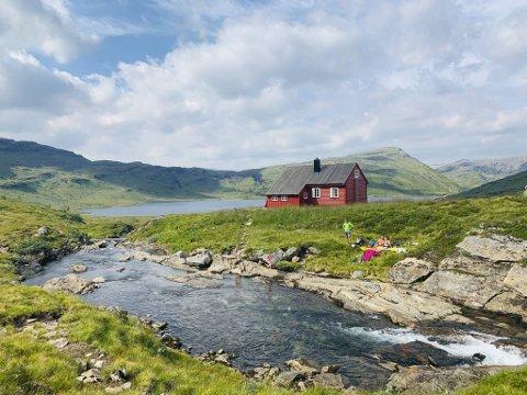 Daglig leder i Bergen og Hordaland turlag Helene Ødven anbefaler Åsedalen turisthytte.