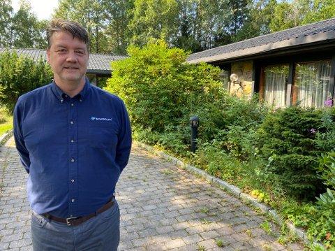 FLYTTER: - Det er bestemt at vi flytter til Vestby, men noen leiekontrakt er foreløpig ikke undertegnet, sier administrerende direktør, Rolf Atle Thomassen. FOTO: Ole Jonny Johansen