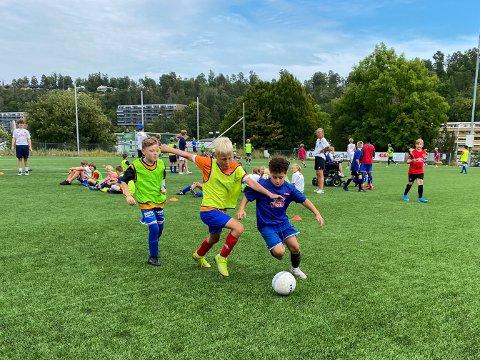 Til tross for koronapandemien har Sprint-Jeløy fått flere nye aktive medlemmer. Men situasjonen er ikke det samme hos MFK og Ekholt Ballklubb.