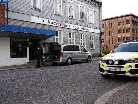 Den 15 år gamle ble funnet død på Hotell Olav Digre i Sarpsborg torsdag 20. august.