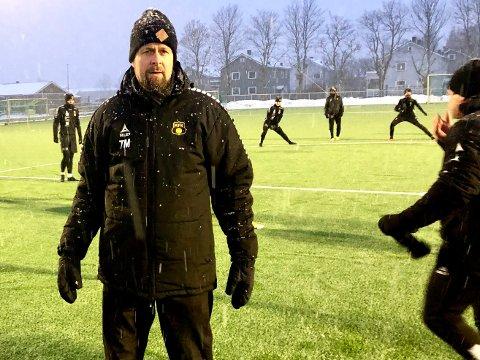 VENTER PÅ SIGNATUR: MFK er bare en signatur unna å presentere klubbens nye hovedtrener for de to neste årene. - Vi er muntlig enige, bekrefter klubbens sportssjef Thomas Myhre.