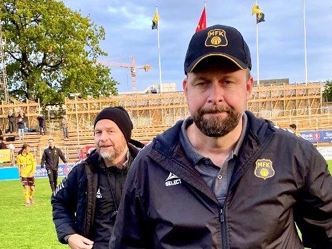MÅ ENDRE: MFK-trener Thomas Myhre er tvunget til å gjøre to uventede bytter mot Asker.