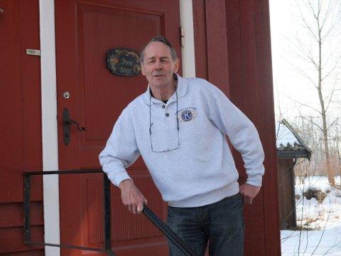 SATTE SPOR: Kåre Blom vil bli savnet av mange. Han var frivillig i idrett- og kulturliv i Rygge i mange år. Her avbildet på Hadeand kultursenter. Foto: Moss Avis