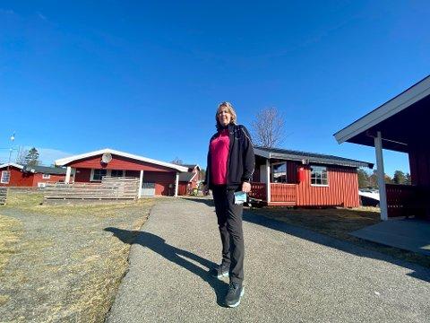 ENORM PÅGANG: Bestyrer ved Larkollen Camping, Lisbeth Høiseth, forteller om enorm pågang i påsken.