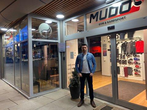 STENGTE DØRER: Kristoffer Eeg, deleier av Mudo Gym, ser frem til å kunne åpne dørene igjen.