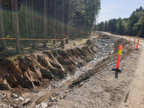 NY GRØFT: Deler av stien har måttet vike under anleggsarbeidet ved Muskedalsbakken.