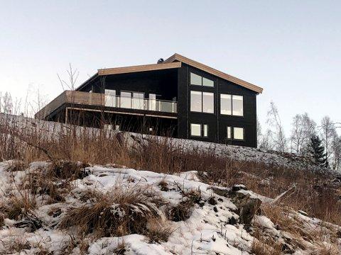 SOLGT: Sørreina 19 på Skage i Overhalla er solgt for kr 5.000.000 fra Arvid Sæther Melhus og Kristine Flotten Vik til Kaia Kvisterø og Michael Selnes Stene.