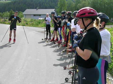 SAMLING: Torsdag og Fredag samles flere av kretsens juniorutøvere i langrenn for å trene sammen. Her fra ei tidligere samling på Høylandet.