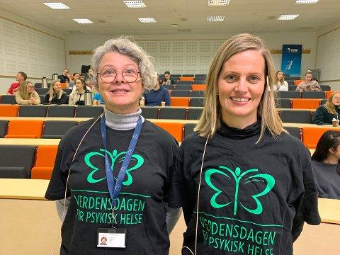 60 DELTAKERE: Studentrådgiver Sissel Rian og kursinstruktør Åse Grande Dahl var kursholdere da omtrent 60 studenter meldte seg på mestrings- og selvhjelpskurs før helga.