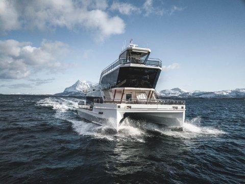 SKOLESKIP: I hele mars og april skal Brim Explorers to hybridelektriske båter seile langs hele norskekysten i et storstilt samarbeidsprosjekt med Redningsselskapet.