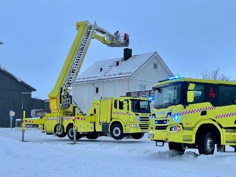 PIPEBRANN: Brannvesenet rykket fredag ut til en mulig pipebrann i Namsos.