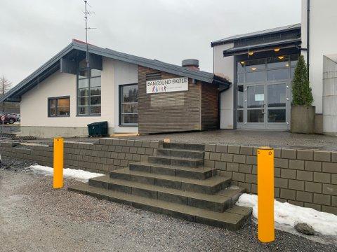 KARANTENE: Tredjeklassingene ved Bangsund barneskole, og deres husstandsmedlemmer, er satt i ventekarantene i påvente av prøvesvaret til en sannsynlig smittet medelev.