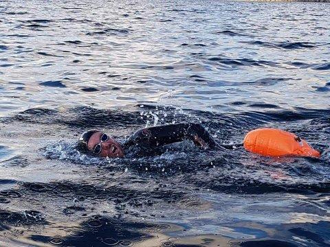 STUNT: I forbindelse med den landsomfattende markeringa «Hele Norge svømmer», planlegger Bård Ole Thorsen å gjennomføre sitt eget lille svømmestunt langs Namsen.