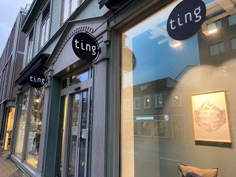 STENGT: Tings butikk i Olav Tryggvasons gate var mandag ettermiddag stengt.