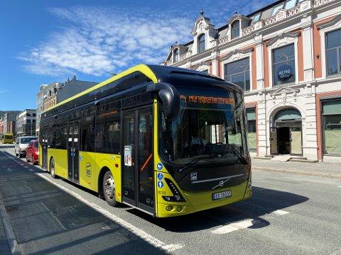 PÅBUD: Fra og med tirsdag er det nye regler som gjelder for bruken av munnbind på busser i Trondheim.
