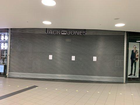 Jack and Jones på City Lade er blant klesbutikkene som nå stenges.