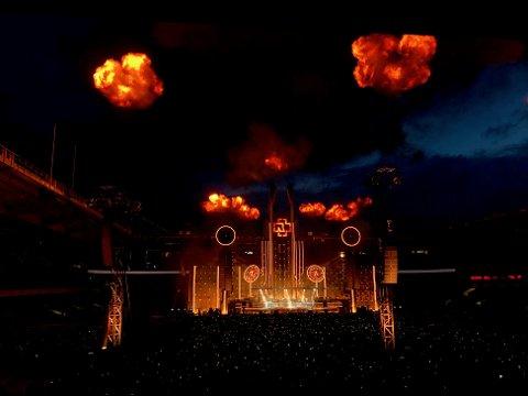 Dette er noe av det trønderske Rammstein-fans kan se frem til i sommer. Her fra Ullevaal Stadion.