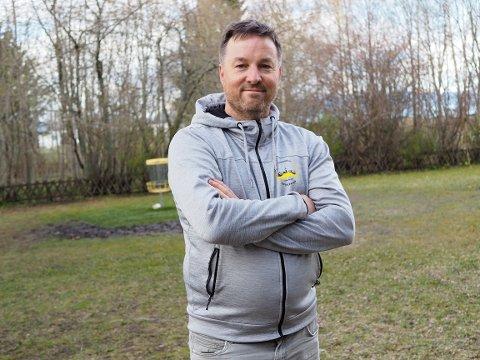 FORNØYD MANN: Geir Olav Sveen kan smilende fastslå at frisbeegolf har fått seg et voldsomt oppsving de siste månedene.