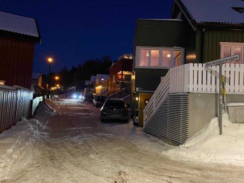 Beboere i Øvre Kristianstens gate måtte klare seg uten fungerende strøm på en dag der det ble målt temperaturer under 20 minusgrader i Trondheim.