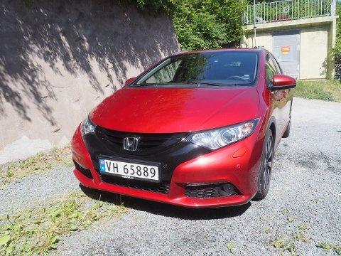 Bilen til Tatiana Shu ble stjålet fra Jakobsli på fredag.