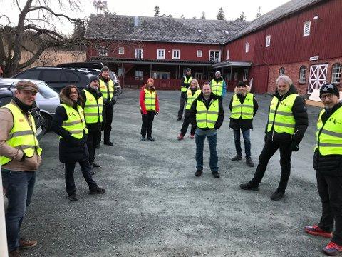 Natteravnene på Charlottenlund og Ranheim er i gang for kvelden og rapporterer om god stemning blant ungdommene.