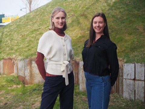 Fra venstre: Guro Igesund og Julie Bjerkevik har startet prosjektet «Innom».