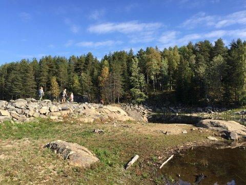 POPULÆRT TUROMRÅDE: Steinmuren mot Sørlimyra