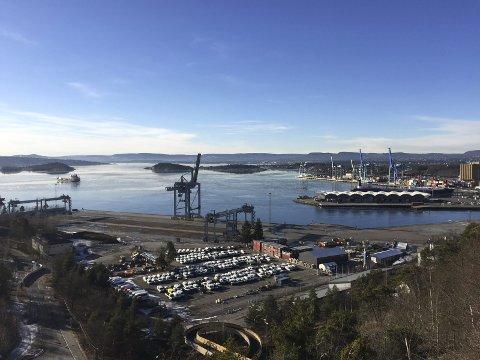 SYDHAVNA: Plan- og bygningsetaten har varslet om at det kan bli et midlertidig forbud mot tiltak som ikke er havnerelaterte på deler av Sydhavna. Arkivfoto: Nina Schyberg Olsen