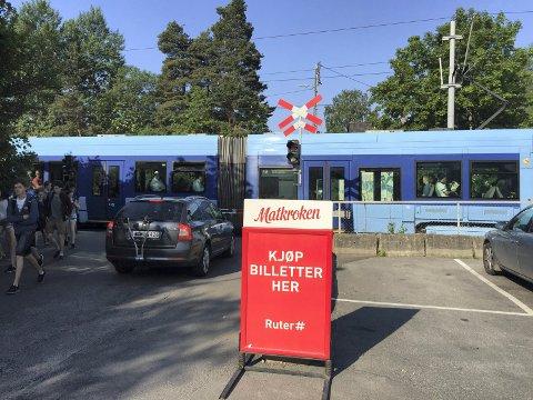 LANGS LINJEN: Nå kan du kjøpe Ruter-billetter hos Matkroken både på Ljabru og på Bråten. Foto: Nina Schyberg Olsen