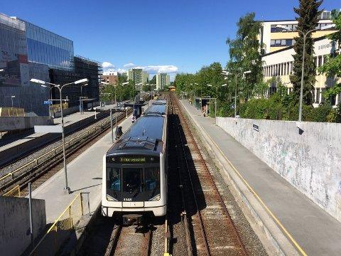 KOLLEKTIVKNUTEPUNKT: Ny kollektivterminal på Bryn skal  ivareta hensyn til både T-bane, tog, buss, syklister og fotgjengere.