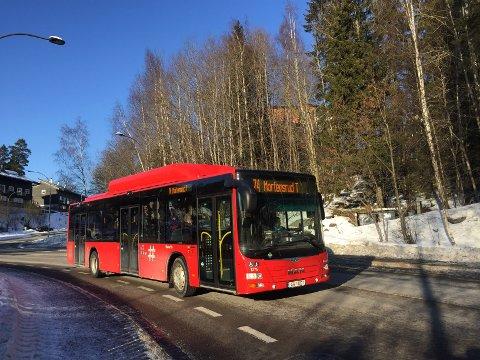 BUSS 74: Denne busslinjen som kjører fra Mortensrud gjennom Bydel Nordstrand og til Vika, vil før sommeren 2019 få til sammen 12 elektriske busser. Linjen blir da helelektrisk.