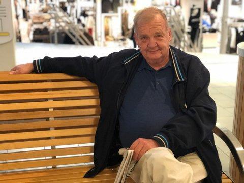 FORUNDRET: Kjeld Aagaard (69) forteller om hendelsen han ble utsatt for onsdag denne uken. Han sier at han var forundret over hvordan noen folk oppfører seg i en bransje du har med andre mennesker å gjøre.